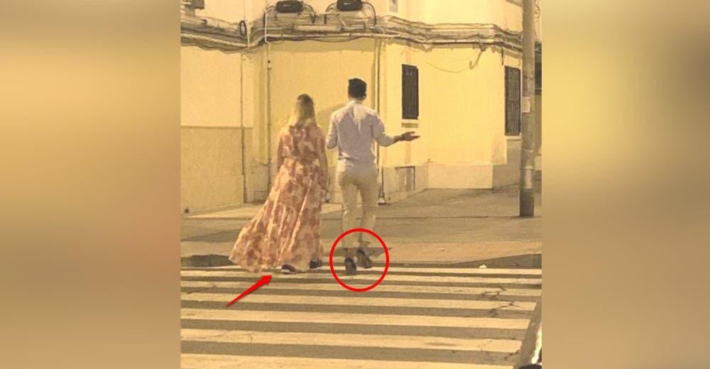 «Yo soy más diva que ella»- Camina en tacones junto a su novia sin saber que era fotografiado