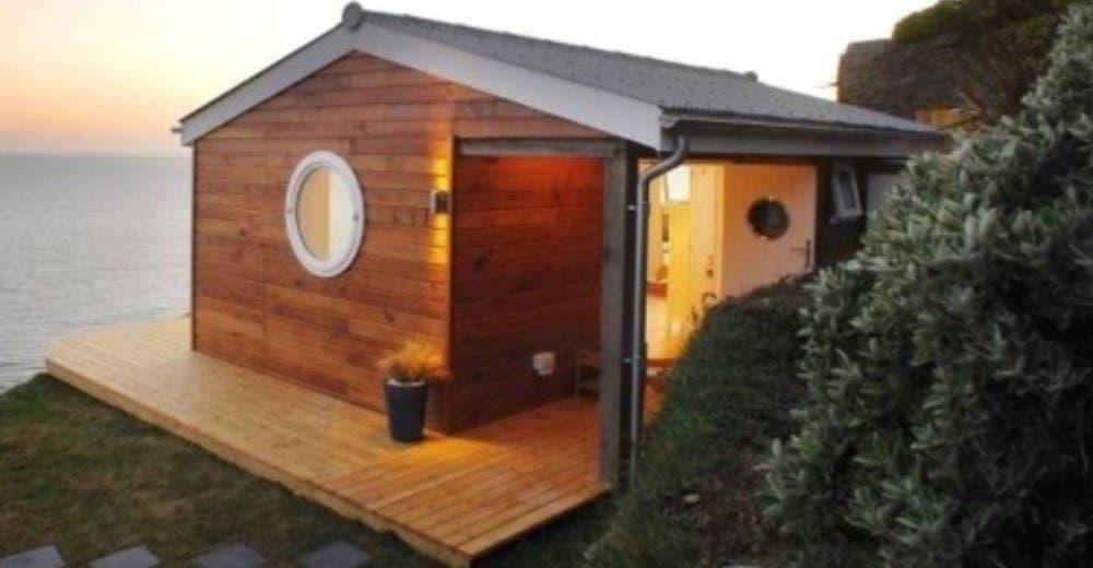 Se burlaron porque hizo una casa humilde y pequeña pero se arrepintieron al verla por dentro