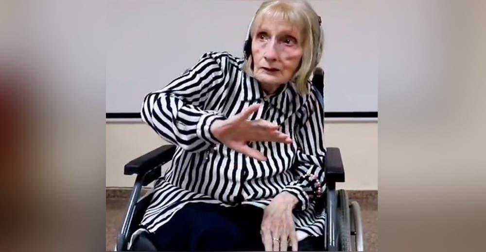 Una ex bailarina con Alzheimer emociona al mundo cuando escucha «El lago de los cisnes»