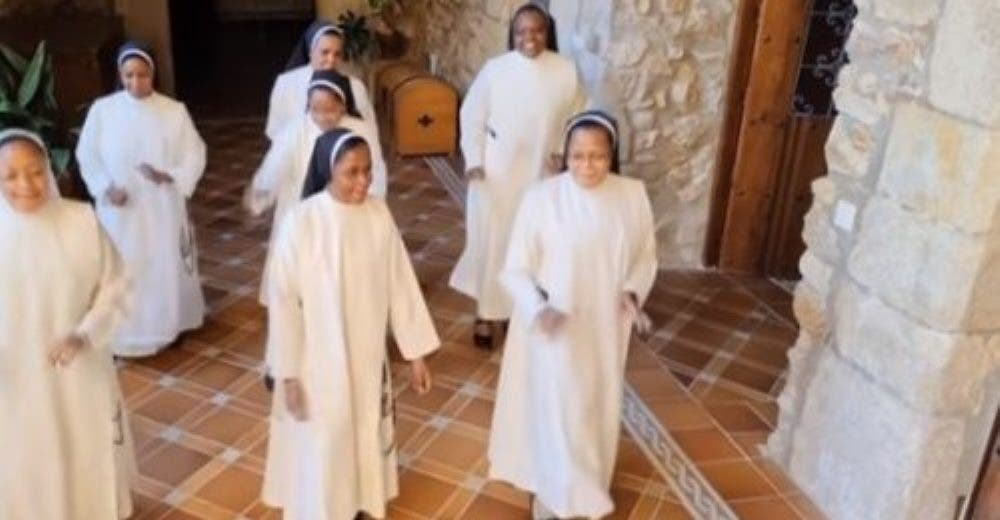 Sale a la luz la grabación de un grupo de monjas de clausura dejando a miles desconcertados