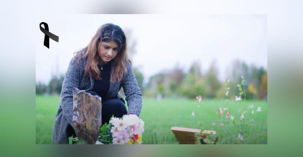 Pierde a su hija después de que los médicos la enviaran a casa 10 veces ignorando sus síntomas