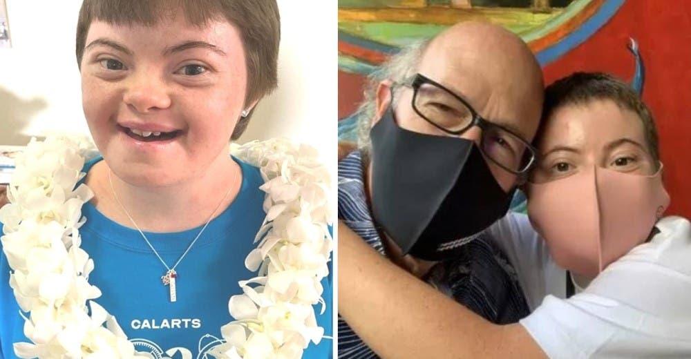Su hija con Síndrome de Down termina su carrera demostrando que su condición no la limita
