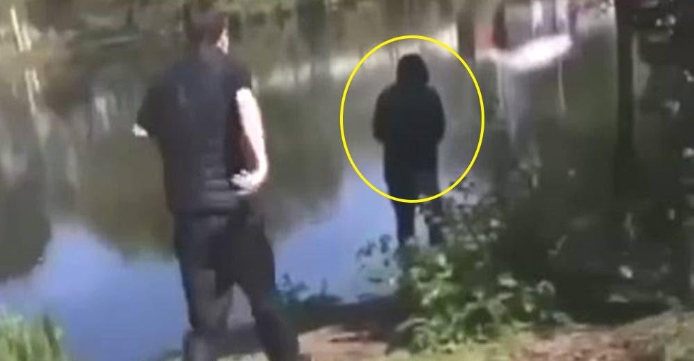 2 niñas de 14 años intentan salvar al abuelito que cayó al río tras ser empujado