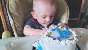 «El bebé más prematuro del mundo» supera sus complicaciones y celebra su primer año de vida