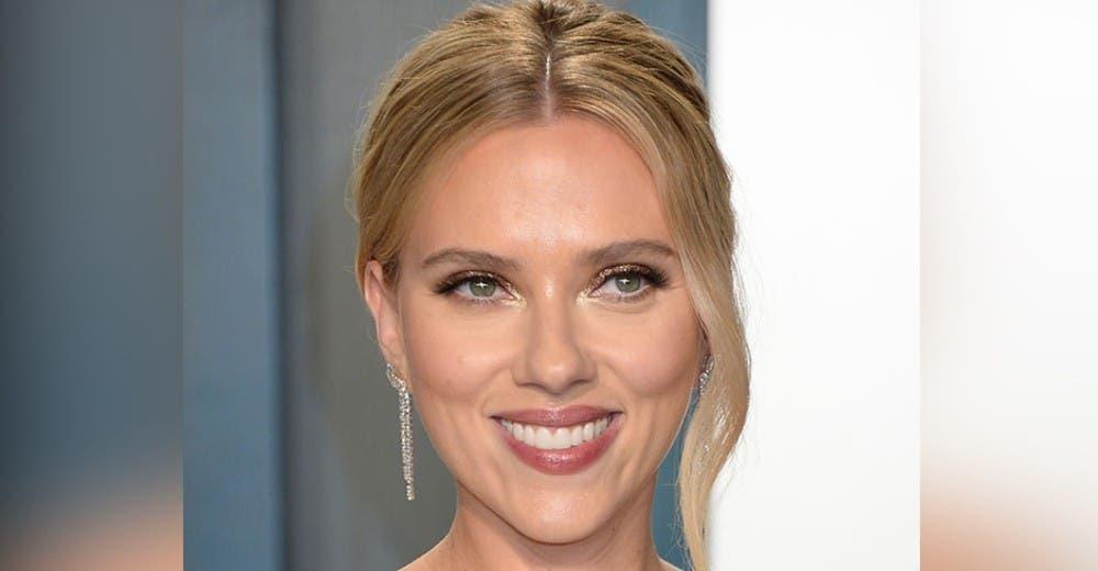 La actriz Scarlett Johansson y su esposo confirman los rumores anunciando la llegada de su hijo