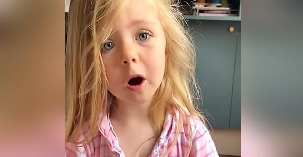 Una niña de 3 años le reclama a su mamá por tirar a la basura el dibujo que le regaló