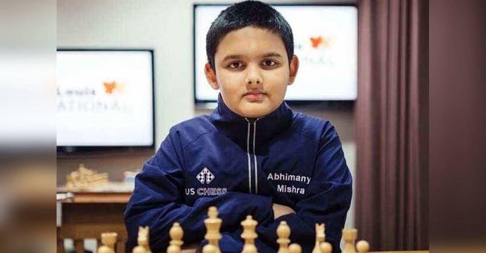 A los 12 años se convierte en el gran maestro más joven de la historia del ajedrez