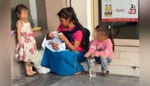 Una humilde mujer adopta al bebé que le pidieron que cuidara un momento